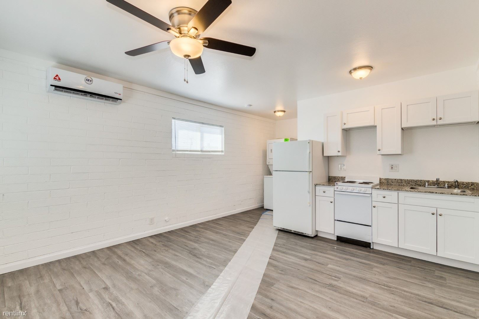 2402 N 24th St # 1, Phoenix, AZ - $825