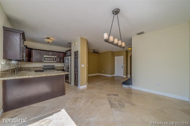 22161 SW 92nd Pl, Cutler Bay, FL - $1,950