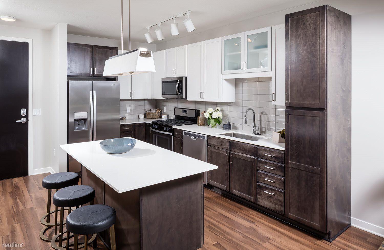 Excelsior Blvd & W Lake St, Minneapolis, MN - $1,600
