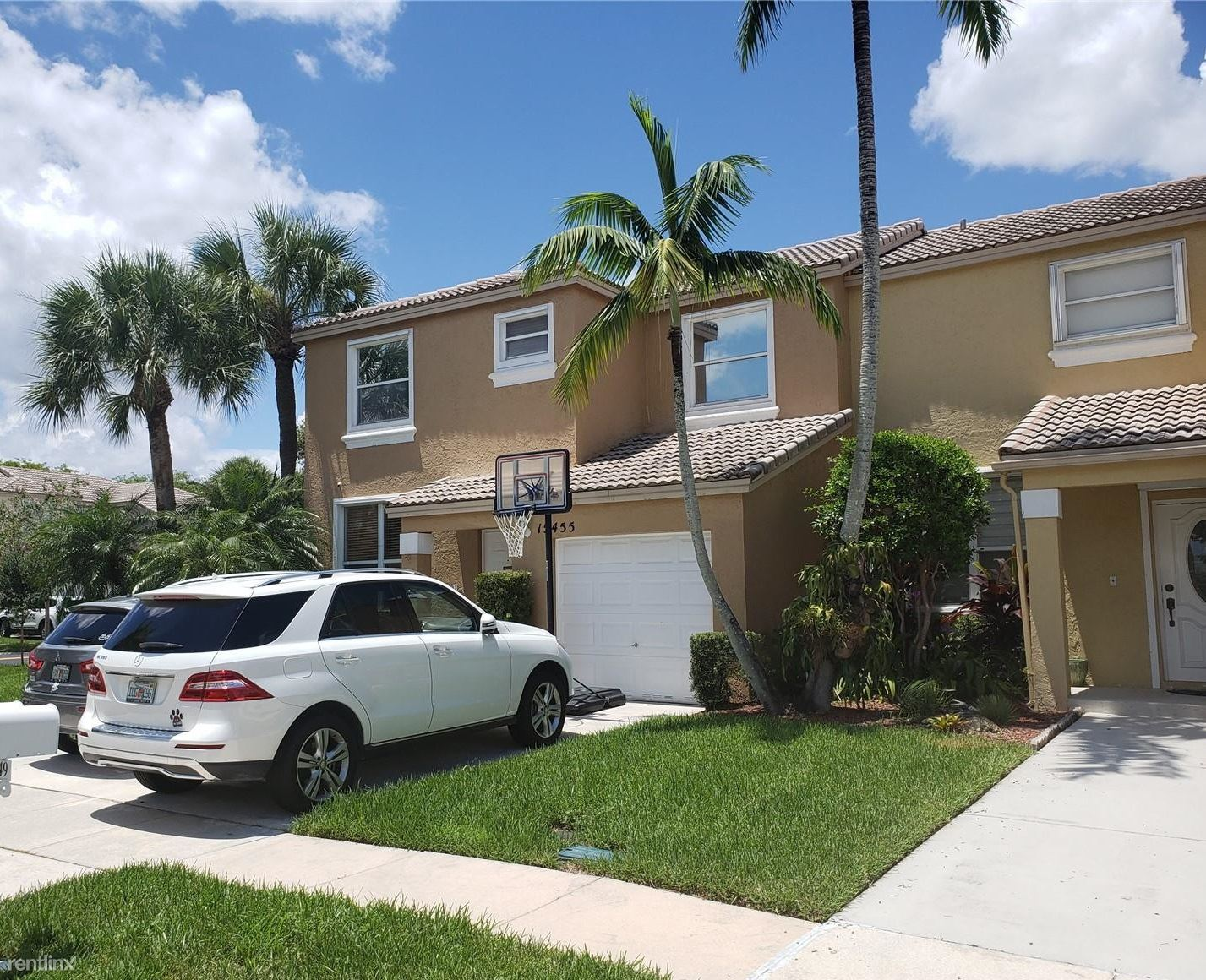 15455 NW 12th Ct, Pembroke Pines, FL - $2,250