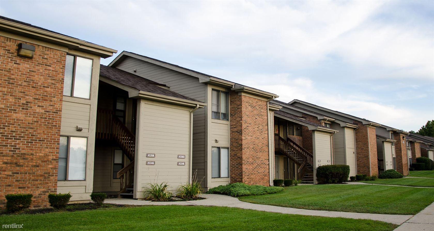 45600 Oak Hill Blvd, Shelby Township, MI - $2,130