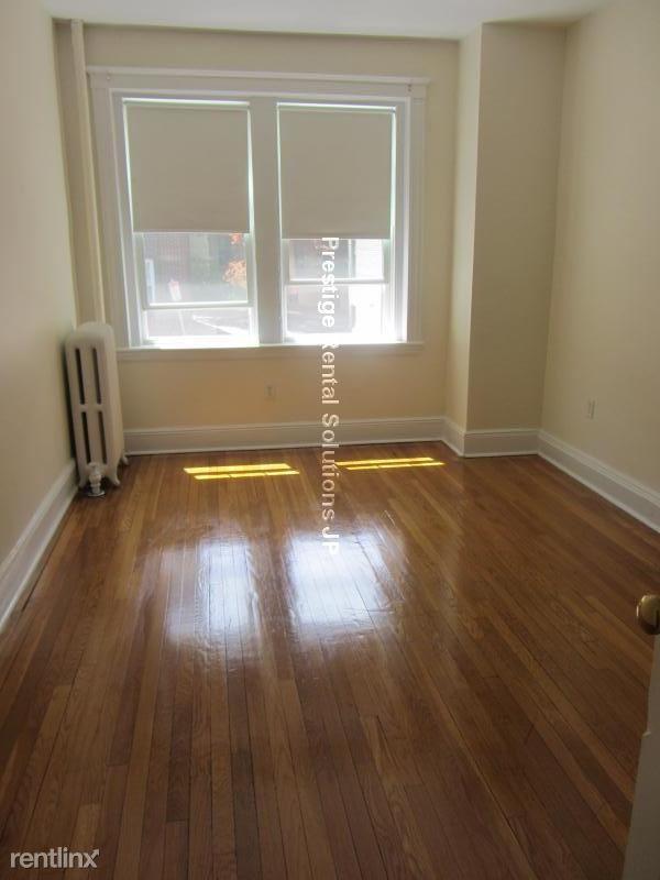 111 Kilsyth Rd Apt 1, Boston, MA - $2,695