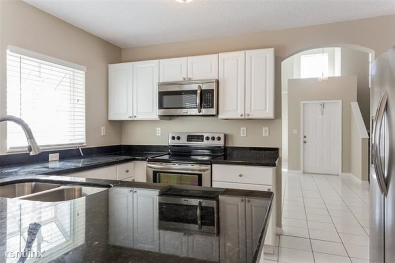 6111 NW 43rd Ave, Coconut Creek, FL - $2,400