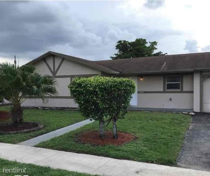 8321 NW 45th Ct, Lauderhill, FL - $1,965