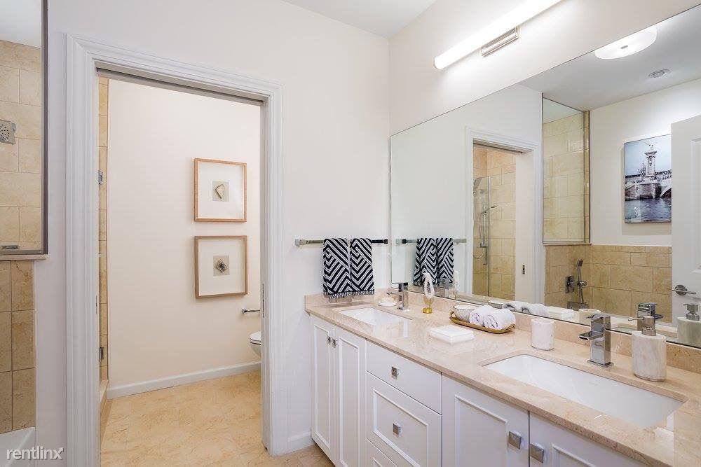 200 Estate Dr Apt 230, Chestnut Hill, MA - $2,890