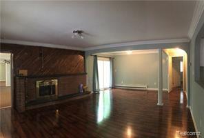 12 Mile and Evergreen, Southfield, MI - $1,900