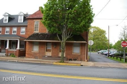 225 S Market St Apt 201, Elizabethtown, PA - $750