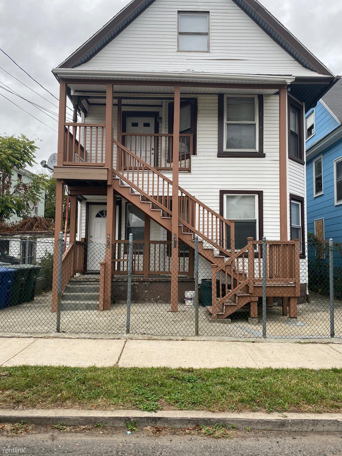 671 Shelton St # 673, Bridgeport, CT - $1,700