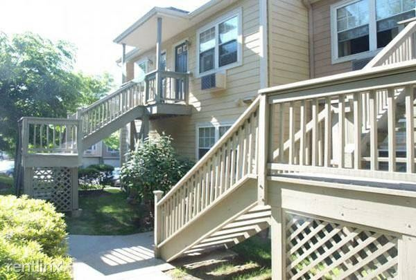 Crescent Dr, Tarrytown, NY - $2,500
