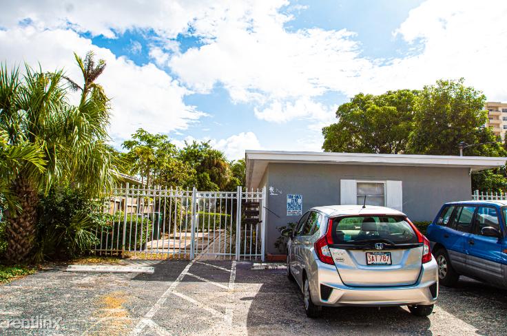 916 N Victoria Park Rd # 1, Fort Lauderdale, FL - $2,150