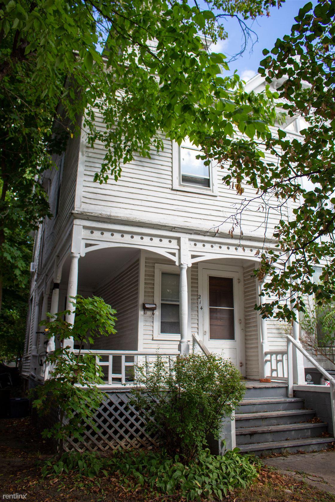 214 N 5th Ave, Ann Arbor, MI - $3,850