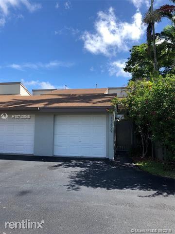 11429 SW 110th Ln, Miami, FL - $2,150