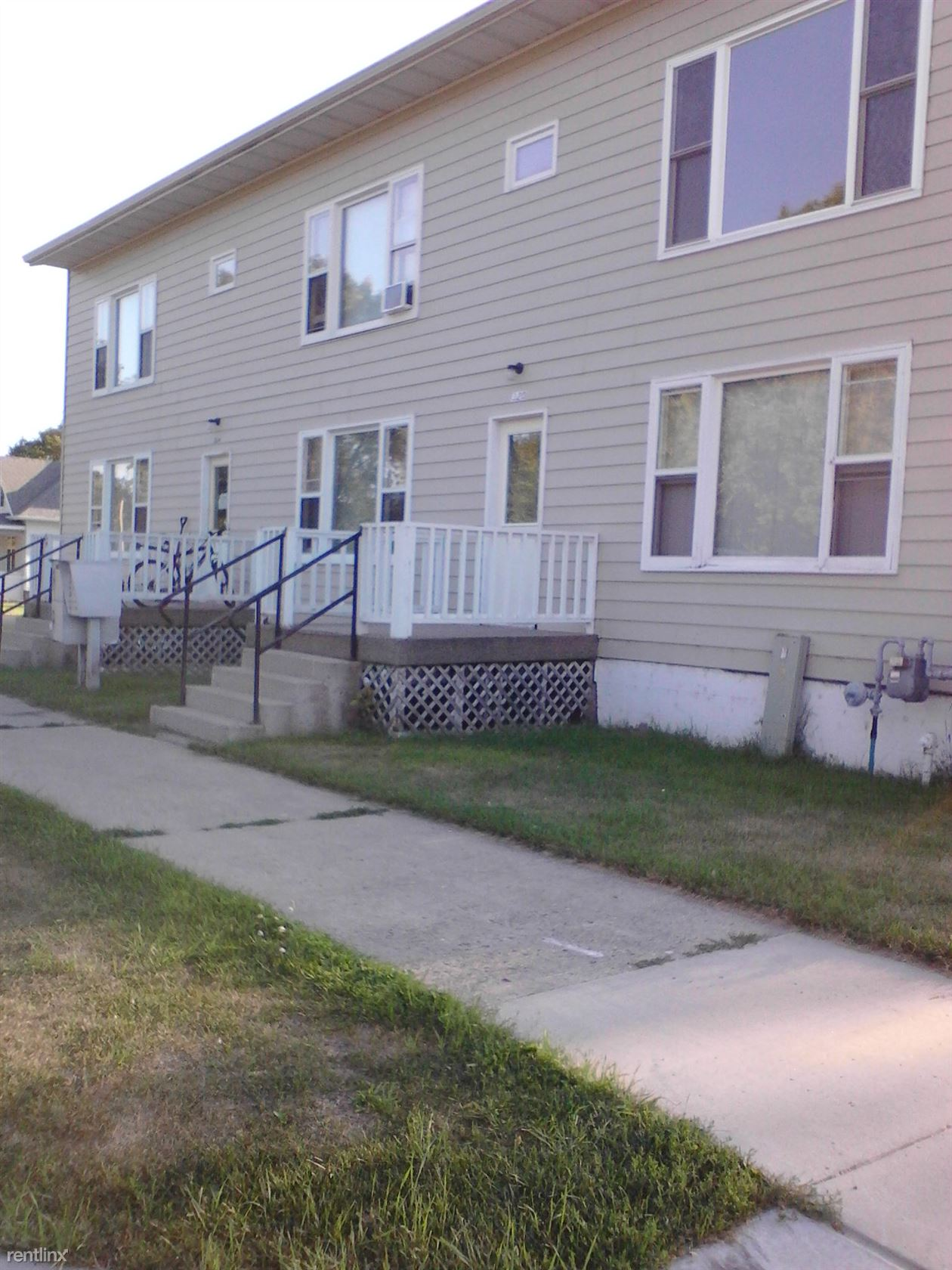 324 6th Ave SW, Valley City, ND - $395