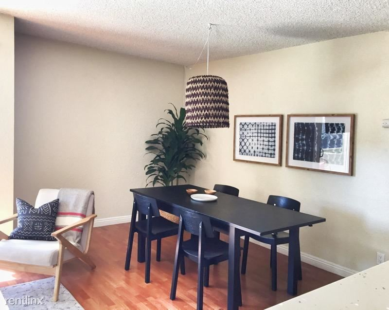 800 N Mariposa Ave - 1550USD / month