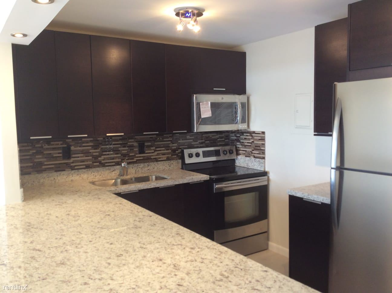16710 NE 9th Ave, North Miami Beach, FL - $1,375