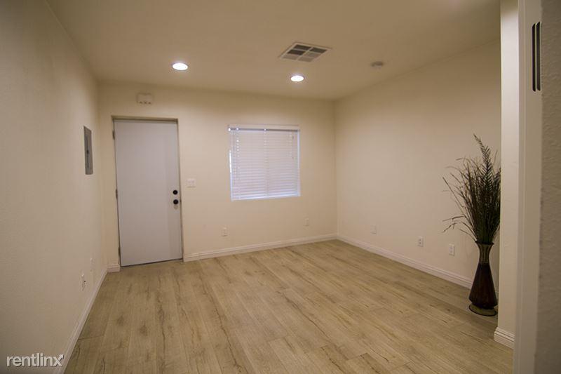 119 Otis Ave, Barstow, CA - $595