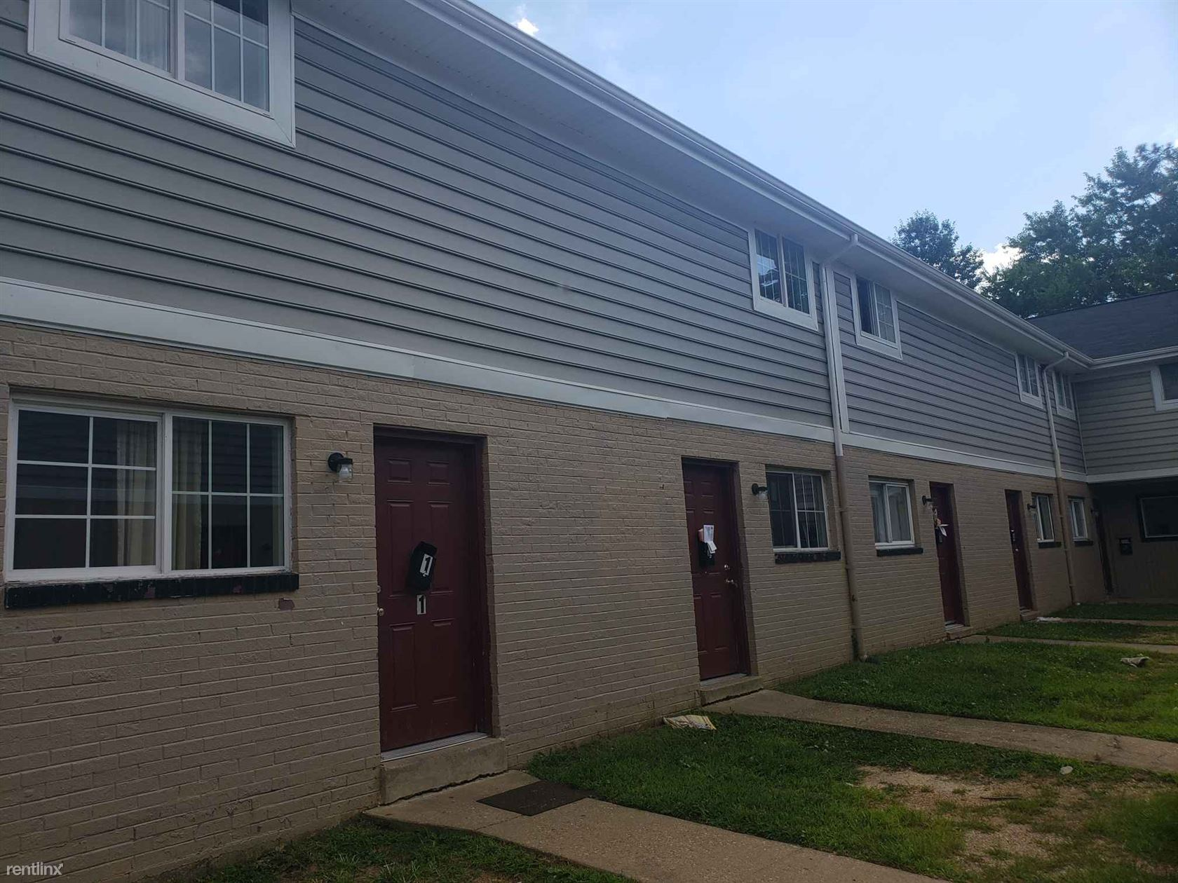 2505 Lynhaven Ave - 750USD / month