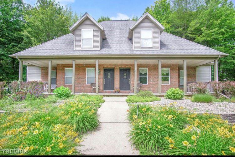 18503 148th Ave, Spring Lake, MI - $1,450