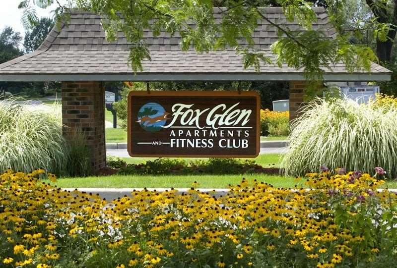 6301 Fox Glen Dr, Saginaw, MI - $740