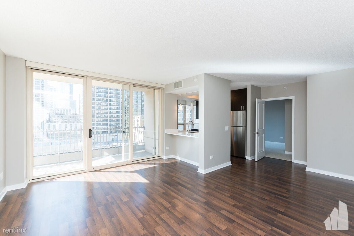 807 N Wabash Ave - 2639USD / month