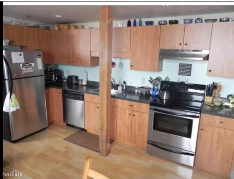 147 Centre St Apt 604, Brockton, MA - $1,800