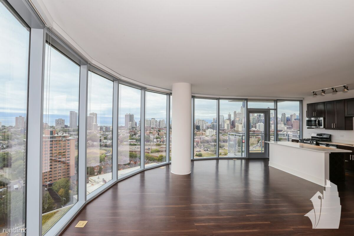 1427 N Halsted St - 2299USD / month