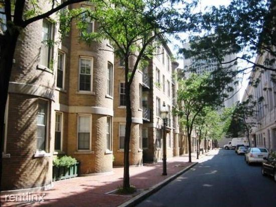 24 Clearway St - 2575USD / month