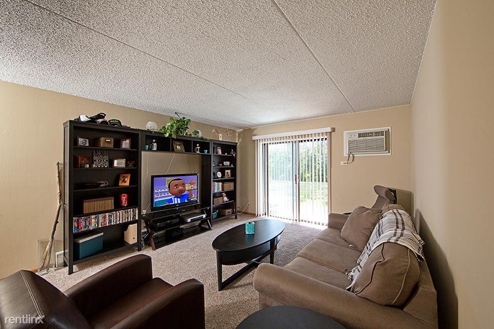 410 Schiller St, Itasca, IL - $1,299