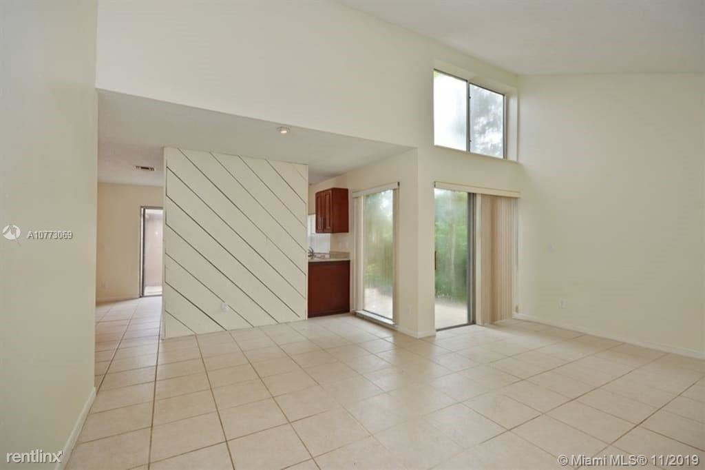 9005 NW 13th Ct, Coral Springs, FL - $2,085