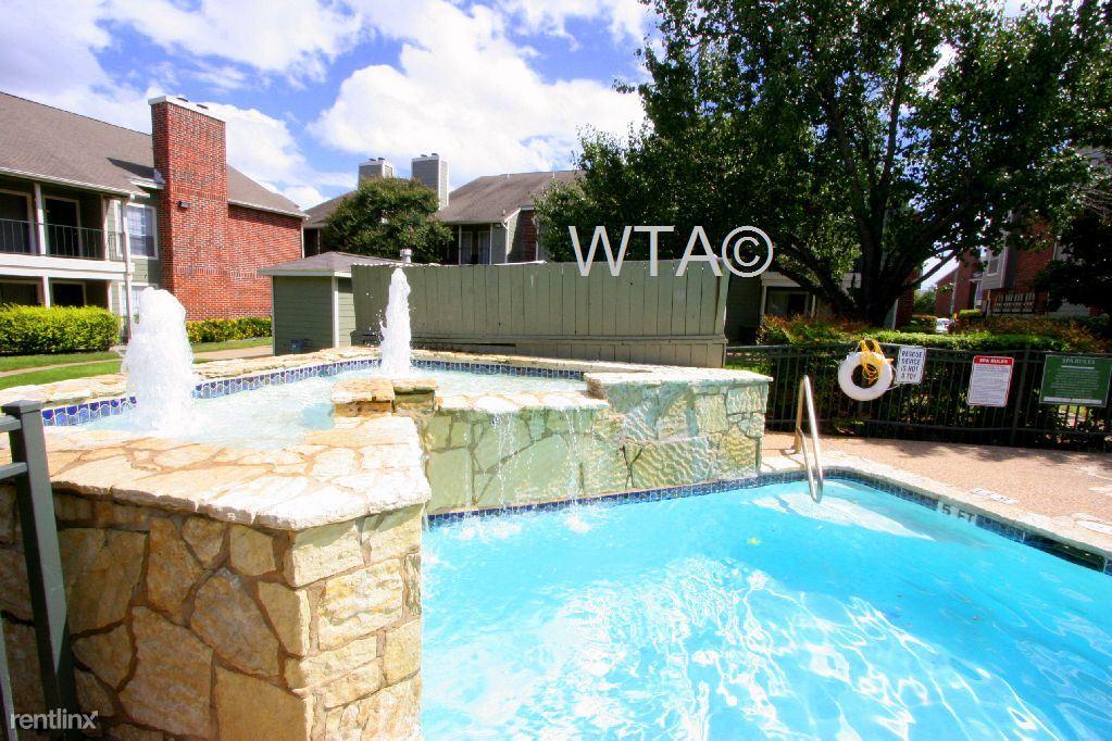 11701 Metric Blvd, Austin, TX - 829 USD/ month