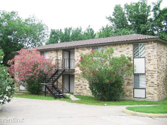 2003 Longmire Ct, College Station, TX - $545 USD/ month
