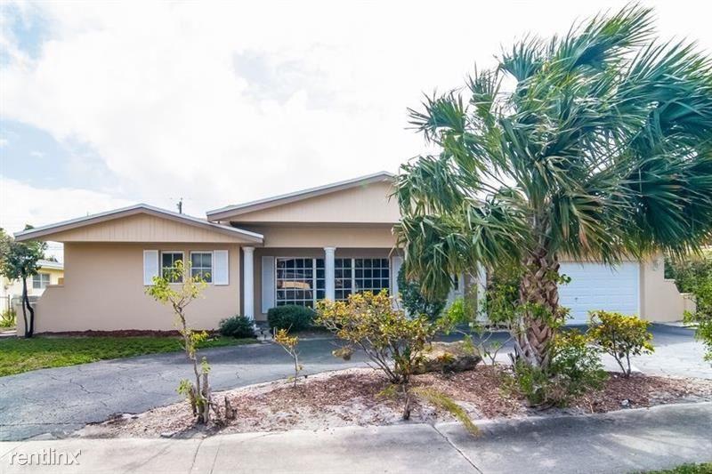 2136 NE 68th St, Fort Lauderdale, FL - $2,800