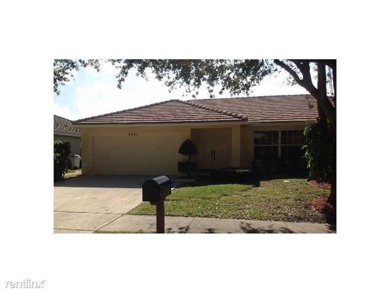 5901 NW 40th Ln, Coconut Creek, FL - $2,375