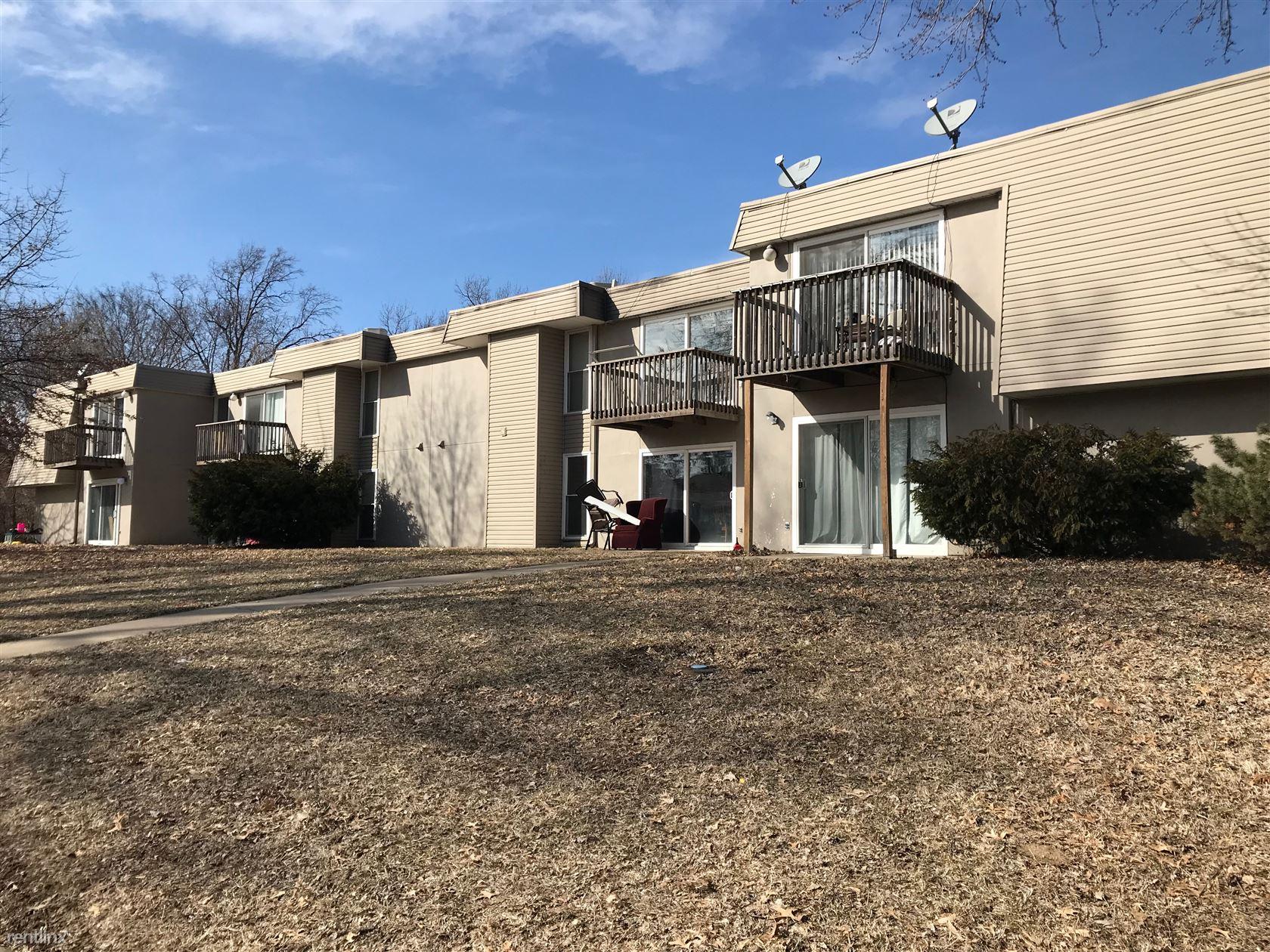 3312 SW 7th St, Topeka, KS - $625