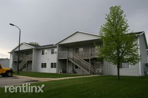 5150 16th Ave SW, Cedar Rapids, IA - $475