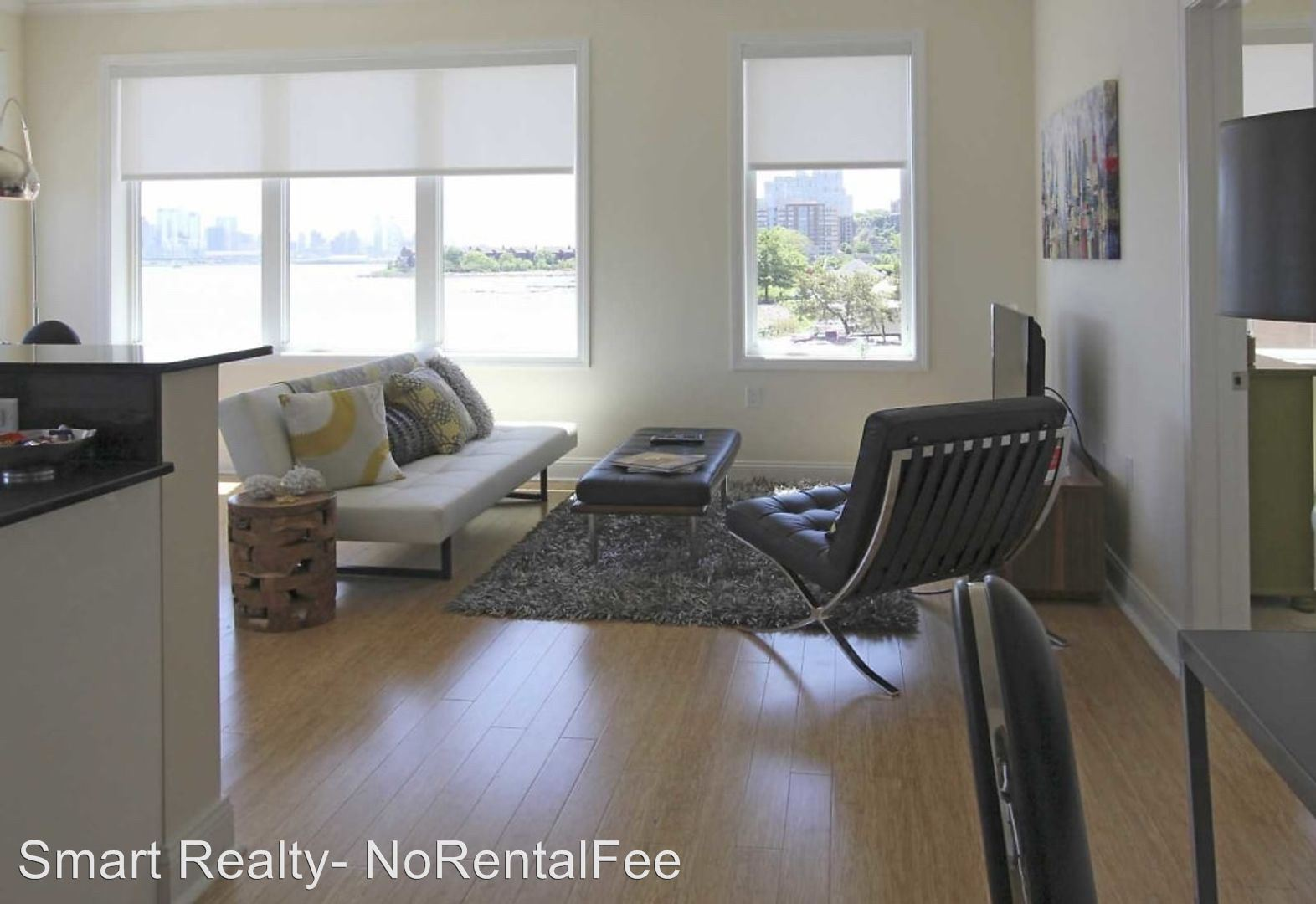 Apartment for Rent in Edgewater
