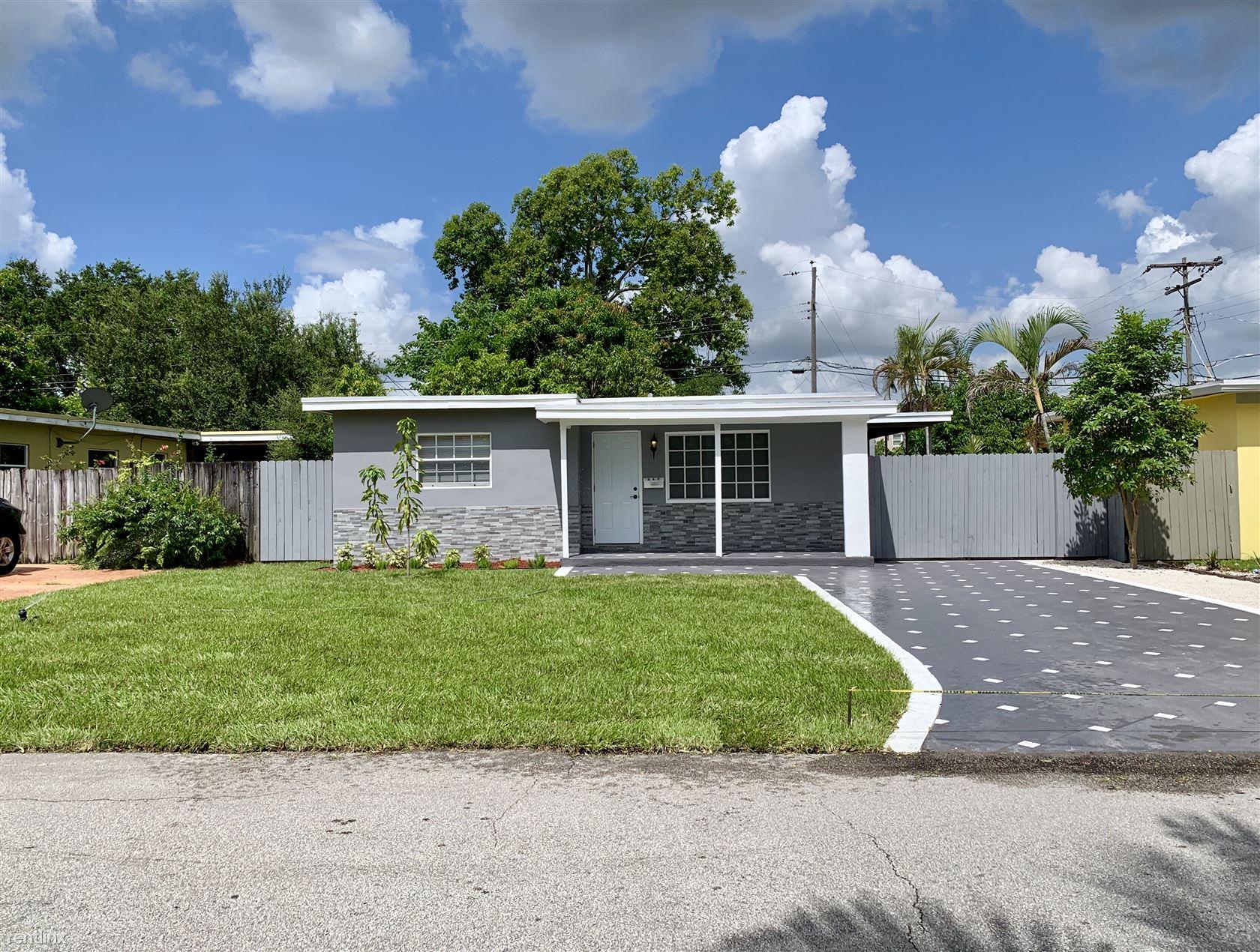 112 SW 67th Ave, Pembroke Pines, FL - $2,800