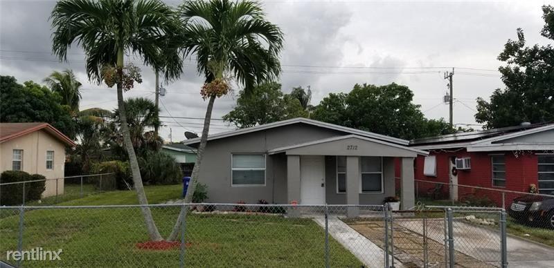 2712 NW 2nd St, Pompano Beach, FL - $1,650