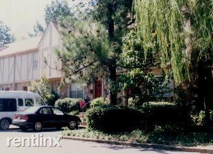 Poplar Ave, Germantown, TN - $1,294