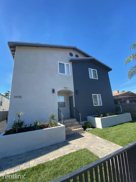 3913 Brighton Ave, Los Angeles, CA - $5,400