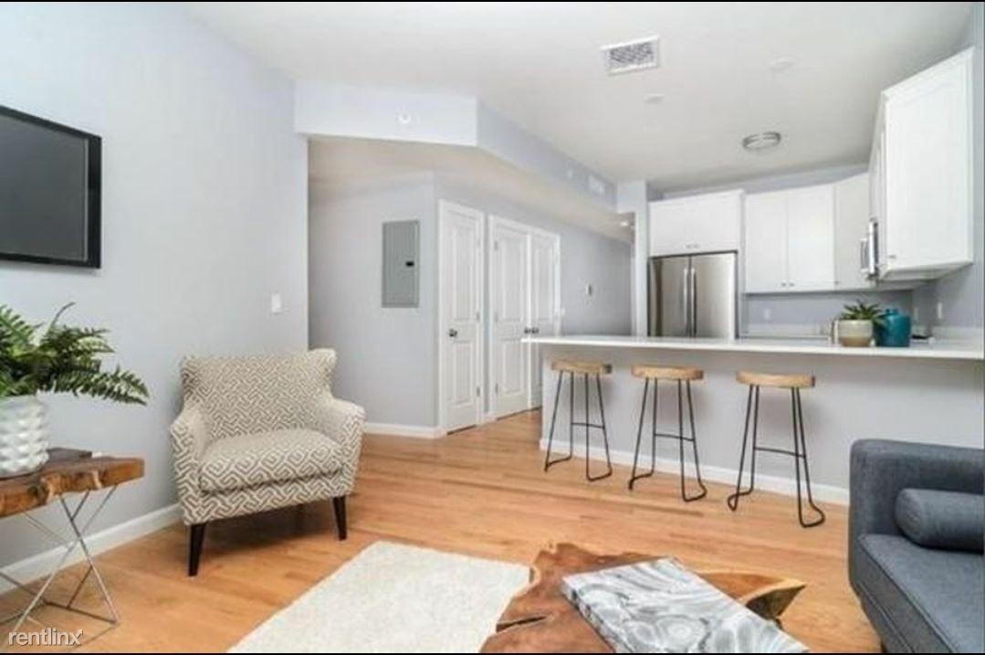 172 Kimball Ave, Revere, MA - $2,650