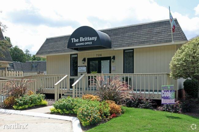 706 Huffman Mill Rd, Burlington, NC - $795