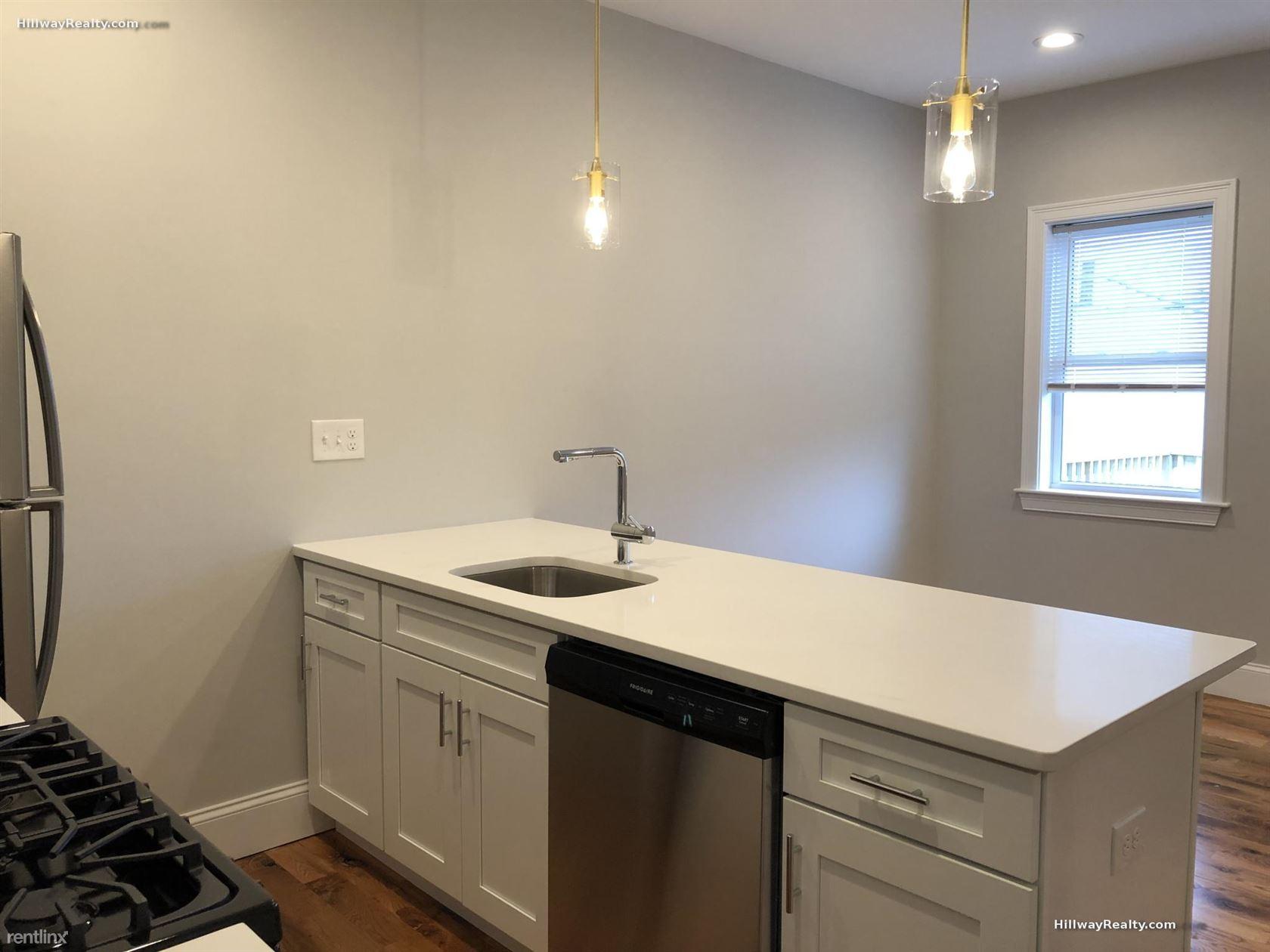 220 Bremen St, East Boston, MA - $3,400