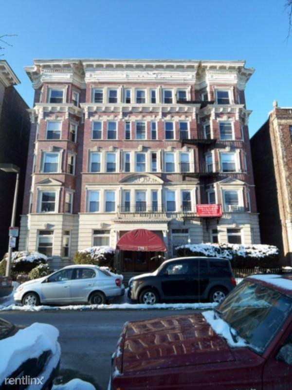 133 Peterborough St, Boston, MA - $1,650