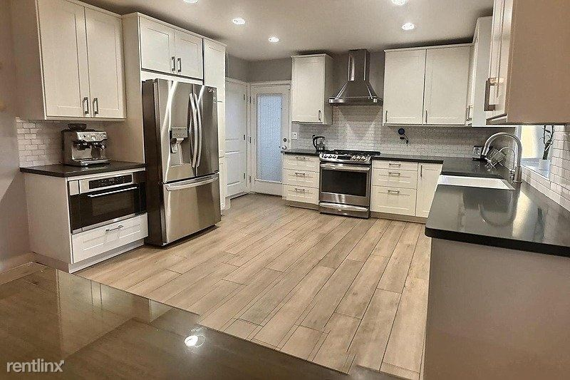 728 East State Avenue - 2900USD / month