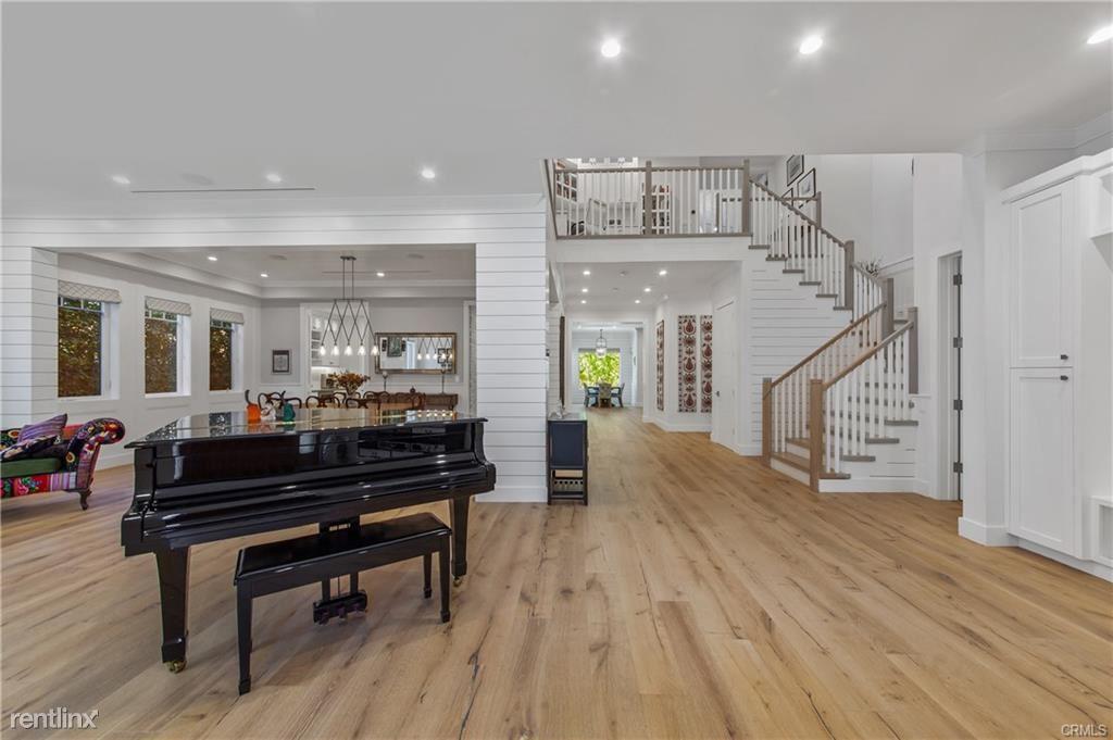 4152 Sunnyslope Ave, Sherman Oaks, CA - $22,000