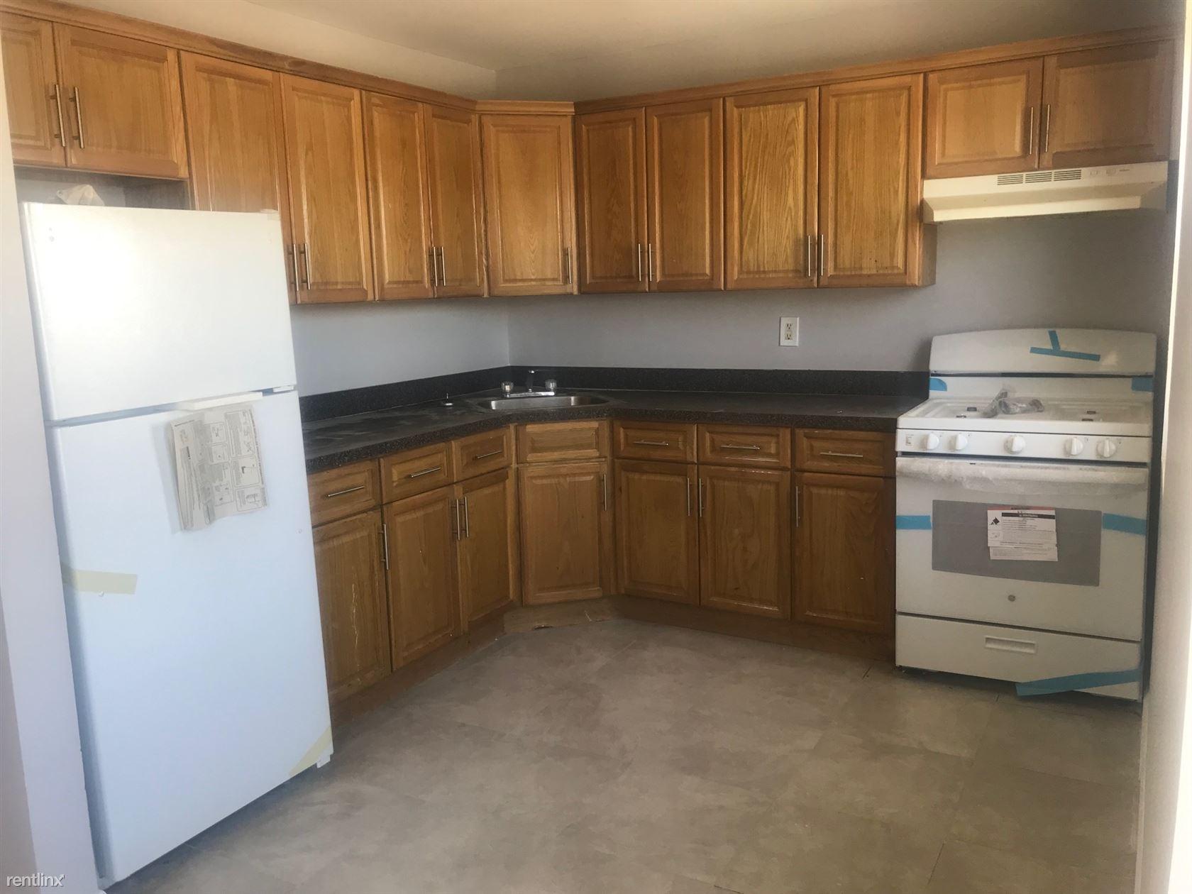 1339 Brunswick Ave, Far Rockaway, NY - $2,300