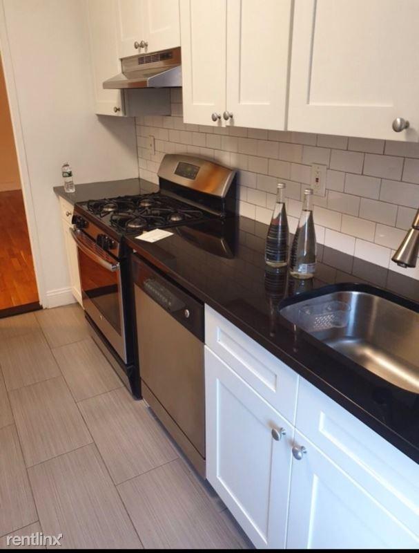 79-25 150th St D3, Flushing, NY - $2,250