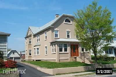 26 South Bayles Avenue, Port Washington, NY - $2,100