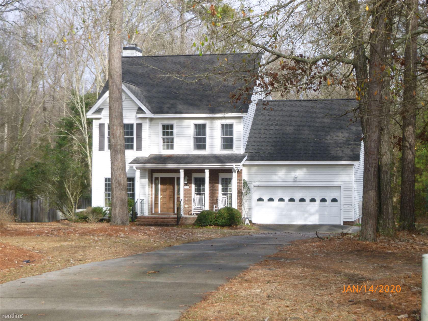 912 Corbett St, Winterville, NC - $1,300